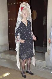 La duquesa de Alba apoya a Cayetano Rivera en la Feria de Abril