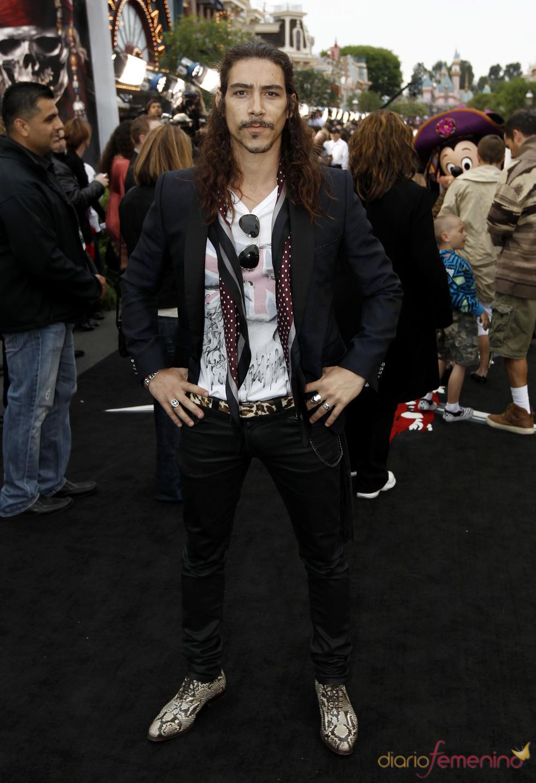 Óscar Jaenada en la promoción de 'Piratas del Caribe 4' en Disneyland