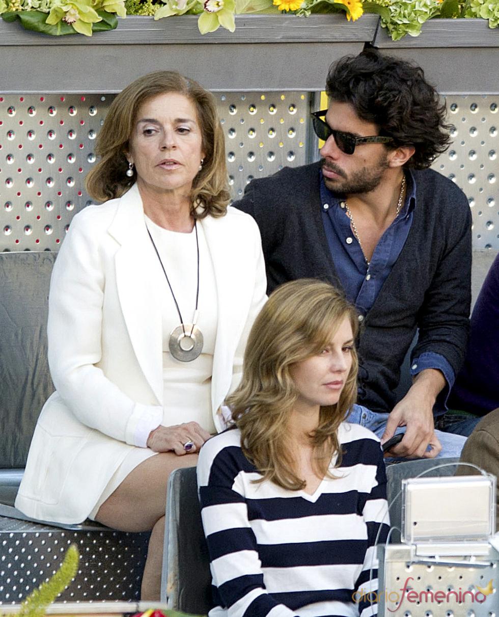 Ana Botella y su hijo Alonso en la final del Master Series de Madrid