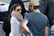 Eva Longoria y Eduardo Cruz en el aeropuerto de Los Ángeles