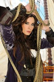 Pilar Rubio en la serie de Telecinco 'Piratas'