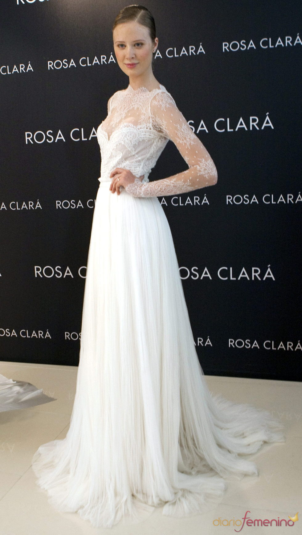La modelo ucraniana Katerina Strigyna antes de la Barcelona Fashion Week 2011