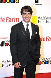 Luis Fonsi estrena single, 'Gritar'