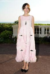 Alexa Chung en la presentación de la colección Crucero de Chanel 2012