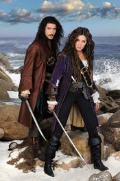 Pilar Rubio y Óscar Jaenada son 'Piratas'