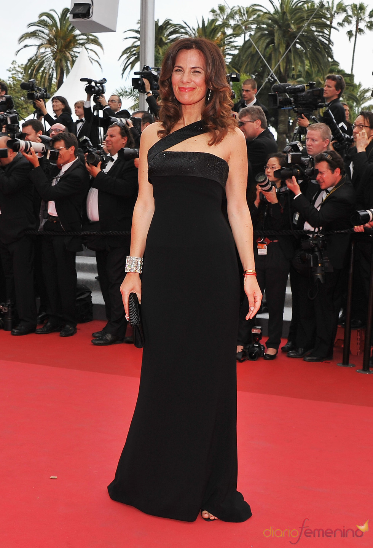Roberta Armani posa en la alfombra roja del Festival de Cine de Cannes 2011