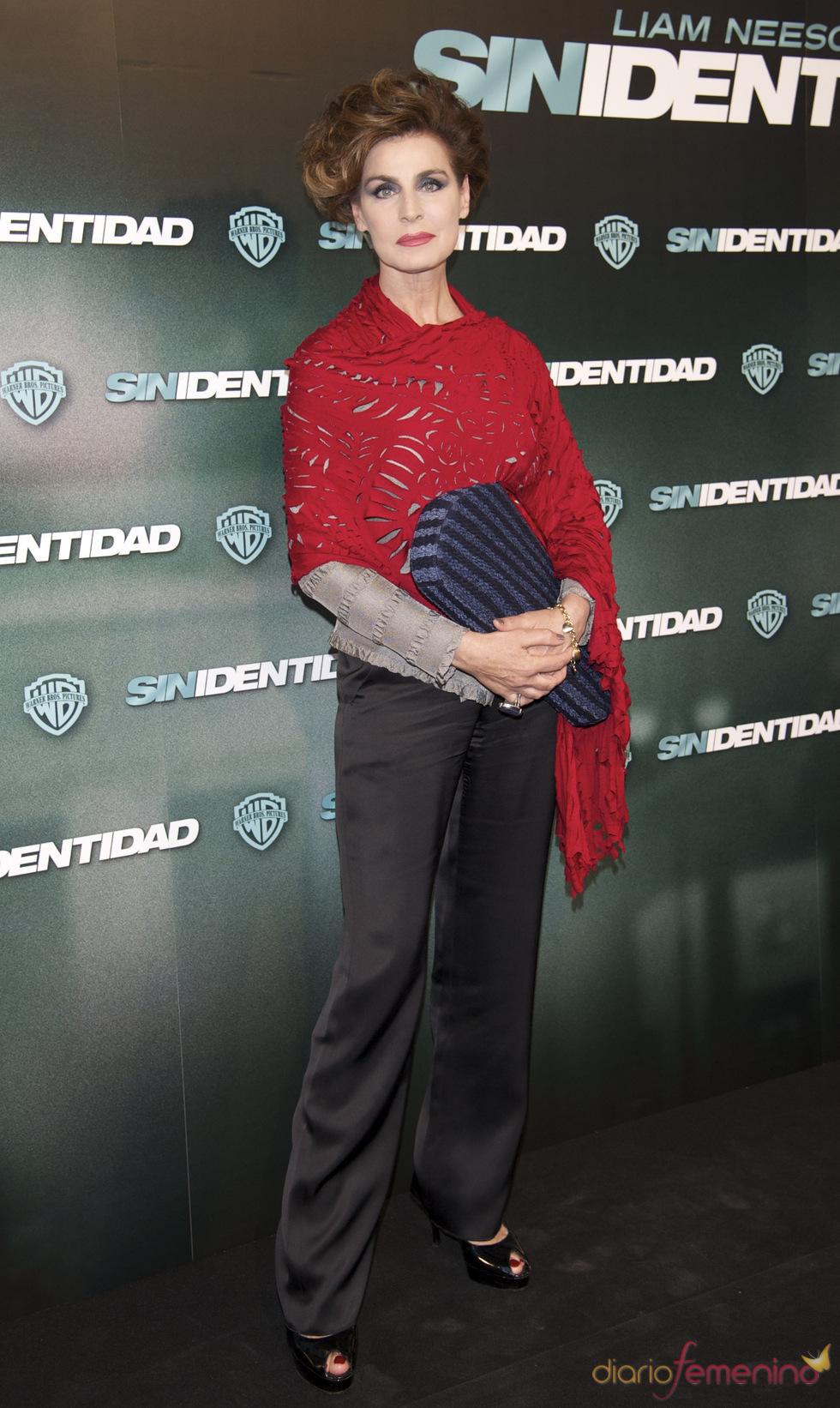 Antonia Dell'Atte en la premiere de 'Sin identidad' en Madrid