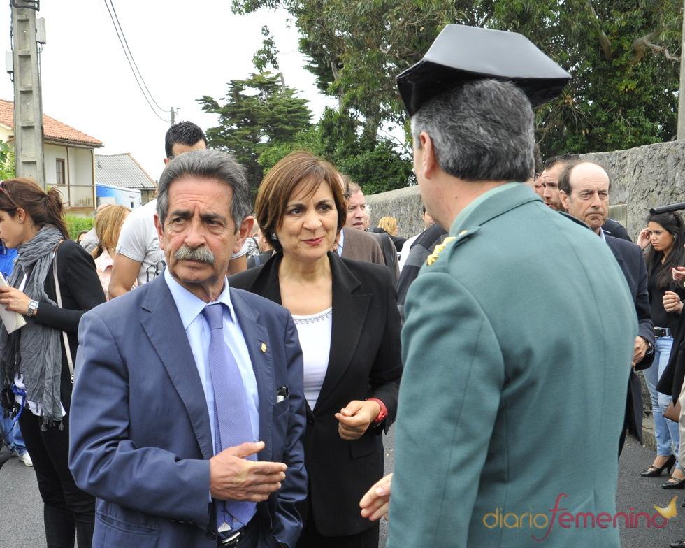 Miguel Ángel Revilla en el funeral de Severiano Ballesteros