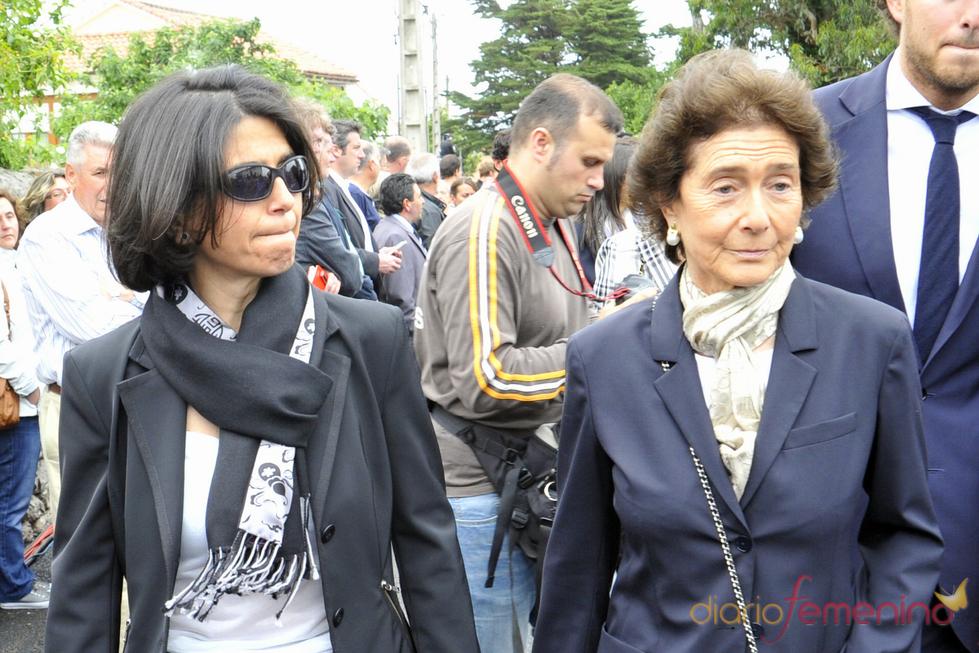 Carmen Botín y su madre Paloma Oshea en el funeral de Severiano Ballesteros