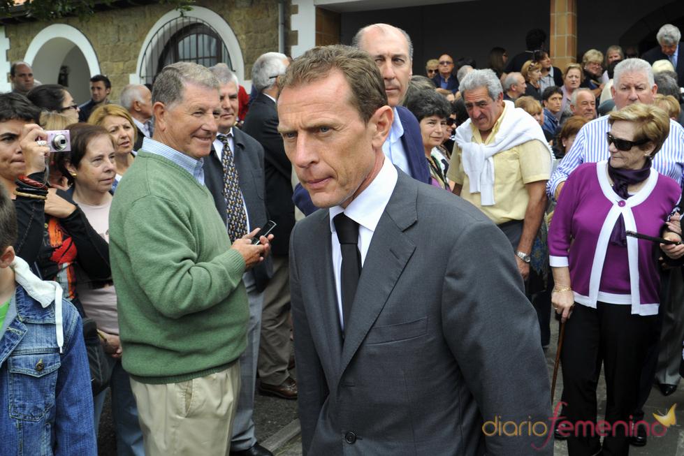 Emilio Butragueño en el funeral de Severiano Ballesteros