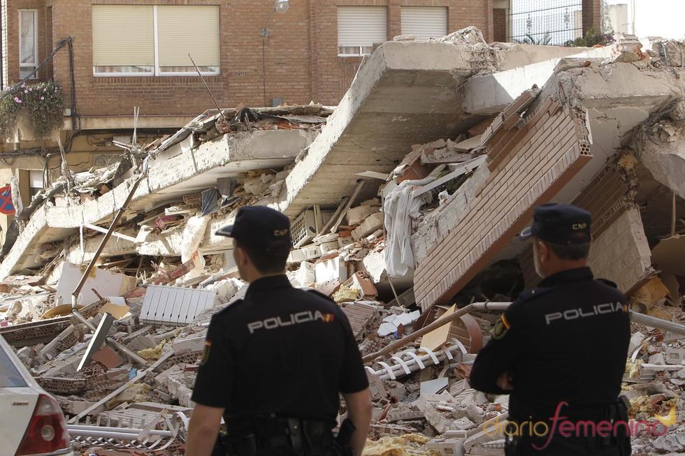 Edificios derruídos tras el terremoto de Lorca, Murcia, en mayo de 2011
