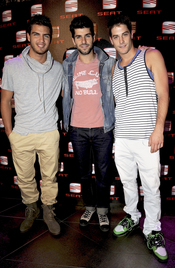 Maxi Iglesias, Jaime Alguersuari y Luis Fernández, ahora dj's
