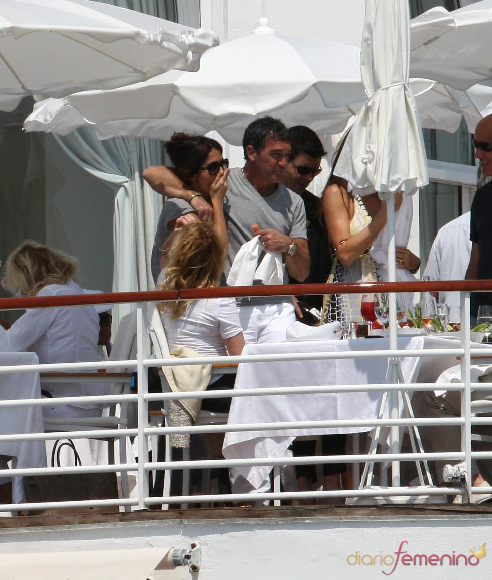 Antonio Banderas, Melanie Griffith y Salma Hayek en Cannes