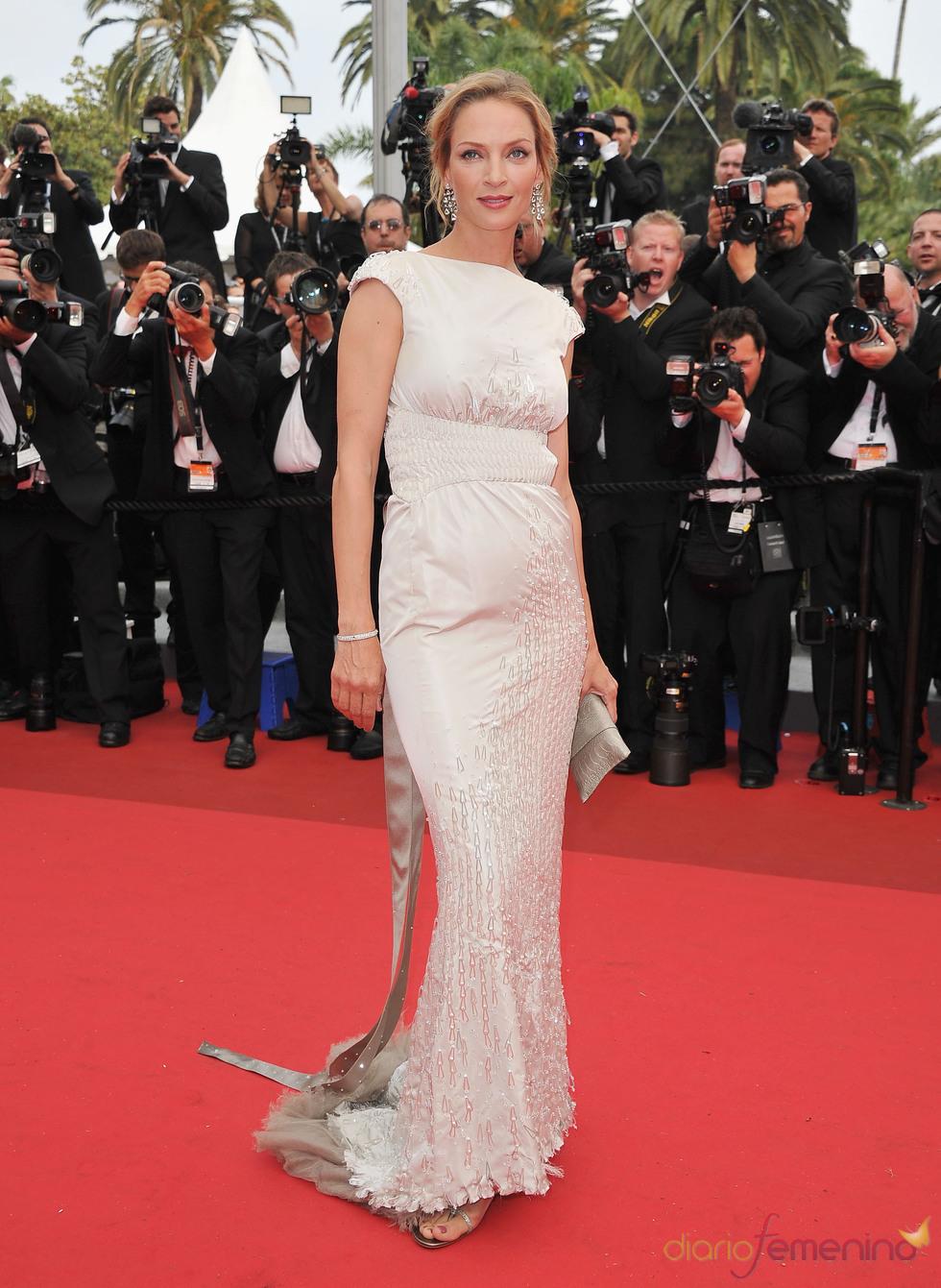 Uma Thurman en la alfombra roja del festival de Cannes 2011