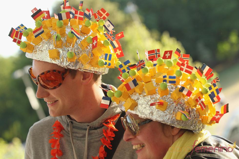 Los fans llegan a la final de Eurovisión 2011
