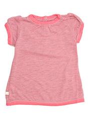 Camisetita rosa de la 'baby shower' de Victoria Beckham