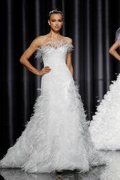 Irina Shayk desfile en la Barcelona Bridal Week 2011