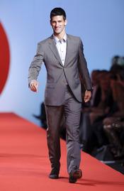 Novak Djokovic en la pasarela solidaria de Cannes