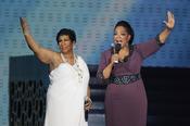 Oprah Winfrey con Aretha Franklin en la grabación de su último show