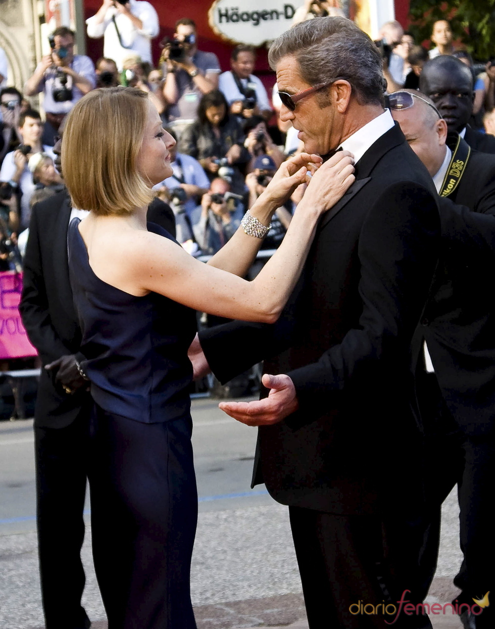 Jodie Foster y Mel Gibson, muy cómplices en el Festival del Cine de Cannes 2011