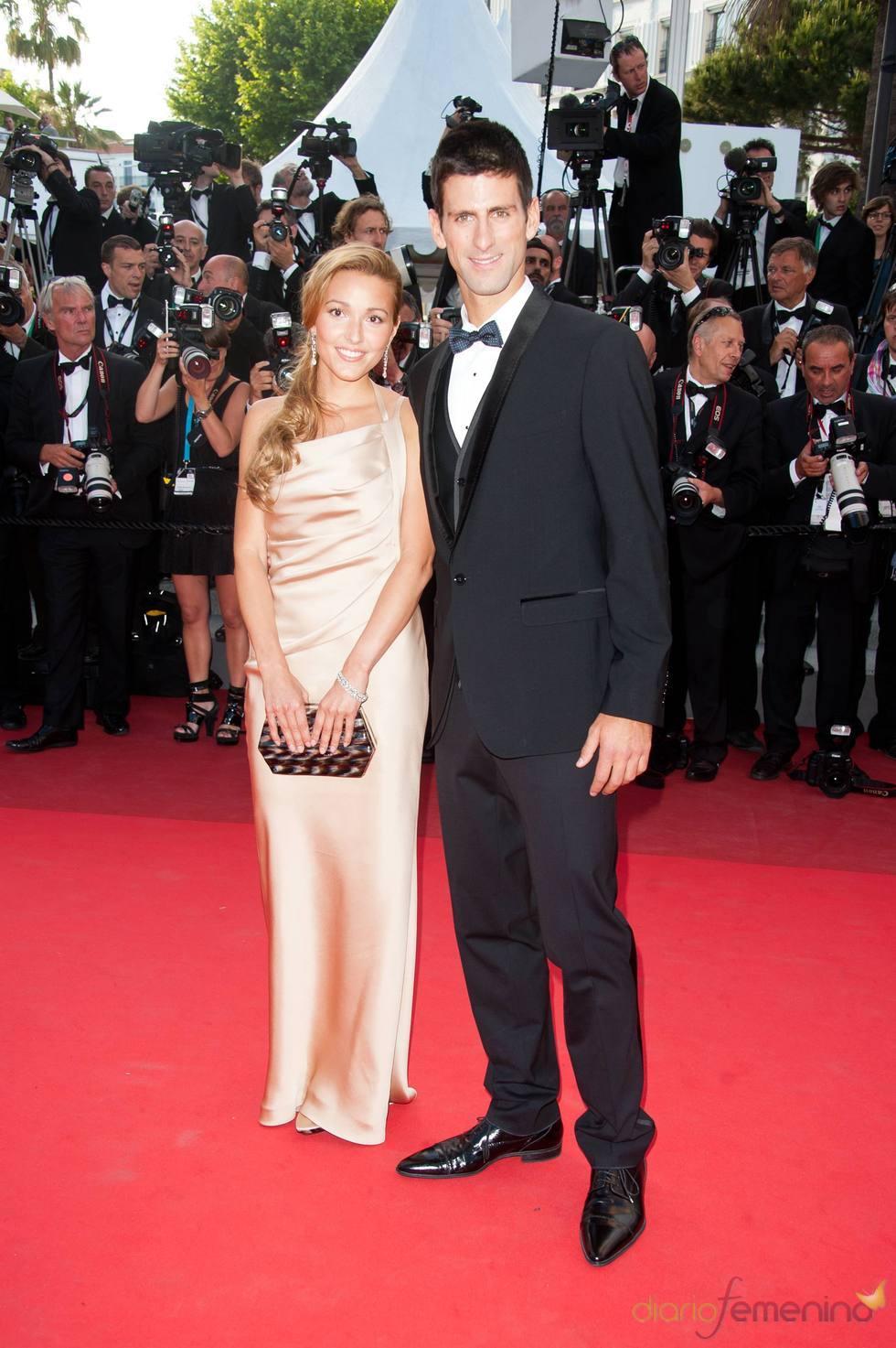 Novak Djokovic posa en la alfombra roja del Festival de Cannes 2011