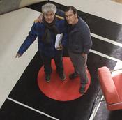 Pedro Almodóvar y Antonio Banderas durante un rodaje de 'La piel que habito'