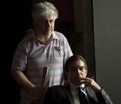 Pedro Almodóvar y Antonio Banderas en el rodaje de 'La piel que habito'
