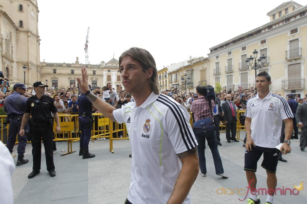 Sergio Ramos llega a Lorca para participar en un acto solidario