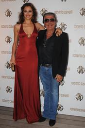 Irina Shayk y Roberto Cavalli en Cannes