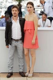 Blanca Suárez y Jan Cornet presentan en Cannes 'La piel que habito'