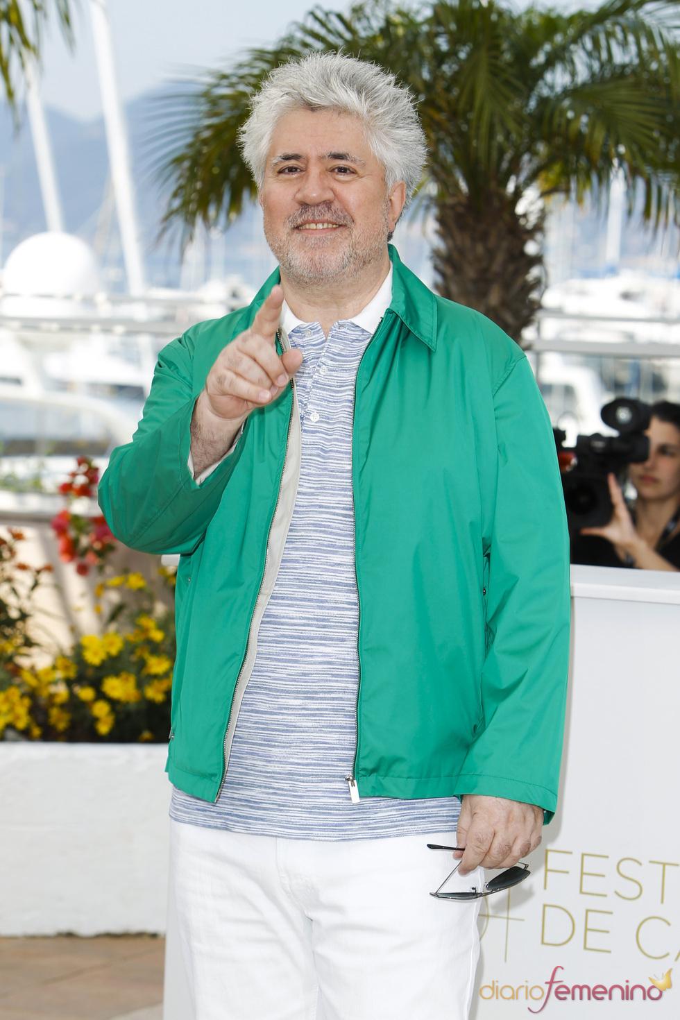 Pedro Almodóvar presenta en Cannes 'La piel que habito'