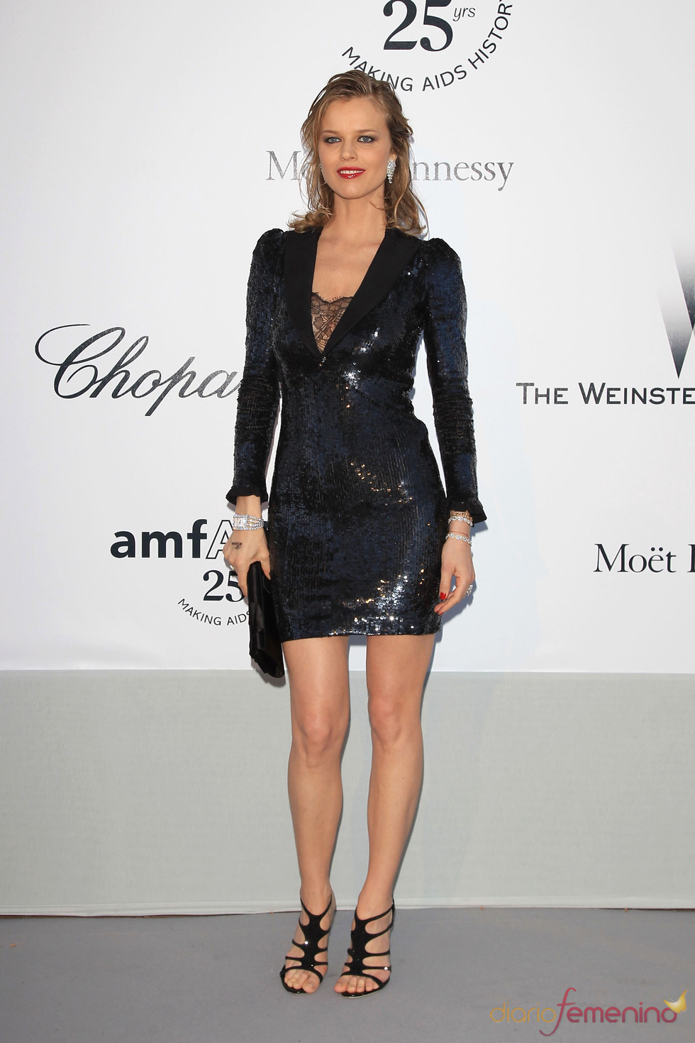 Eva Herzigova en la gala benéfica contra el sida de Cannes 2011