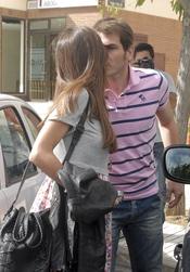 Iker Casillas besa a Sara Carbonero el día de su 30 cumpleaños