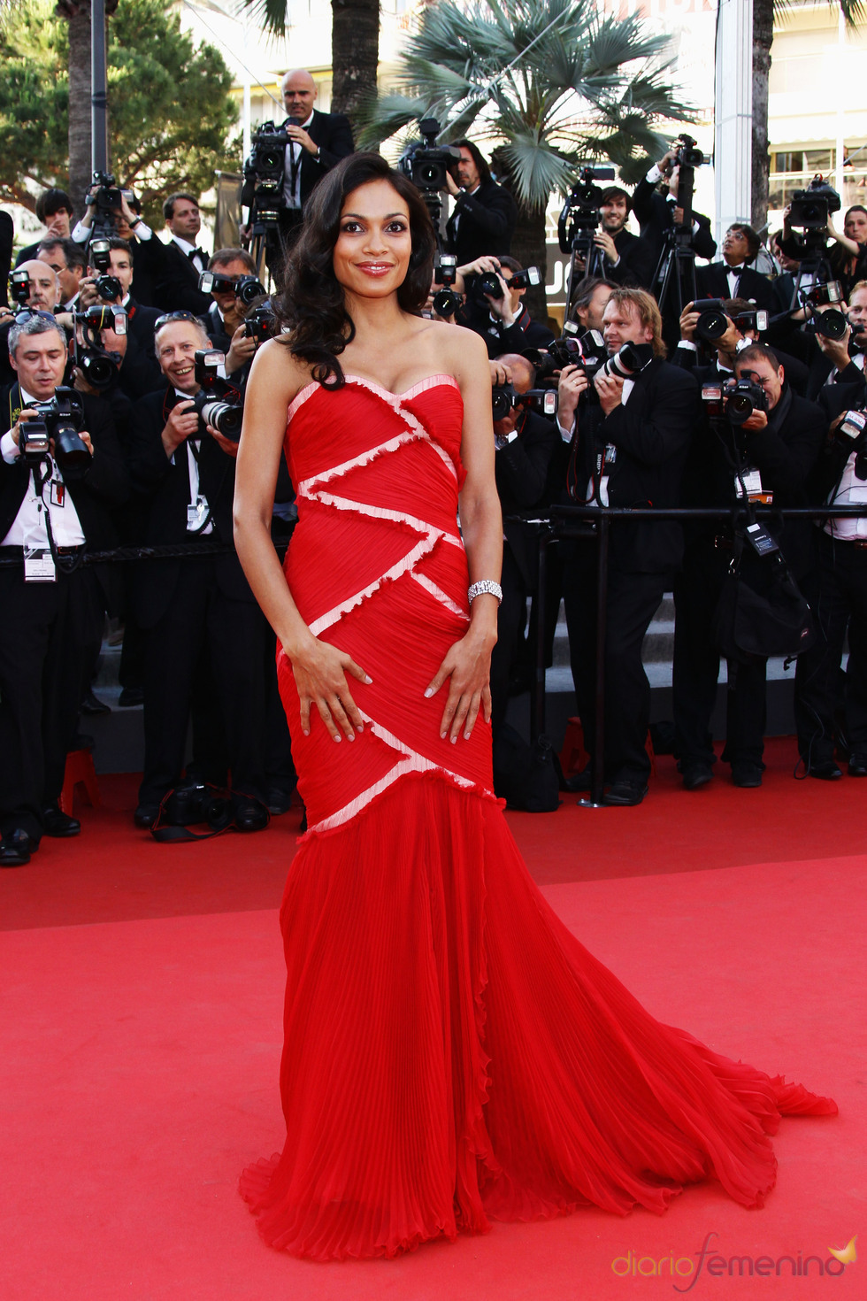 Rosario Dawson en la premier de 'This Must Be The Place' en Cannes 2011