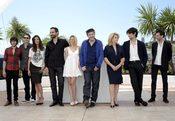 Elenco de 'Les bien-aimés' en la presentación de la película en Cannes 2011