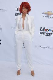 Rihanna en los Billboard Music Awards 2011
