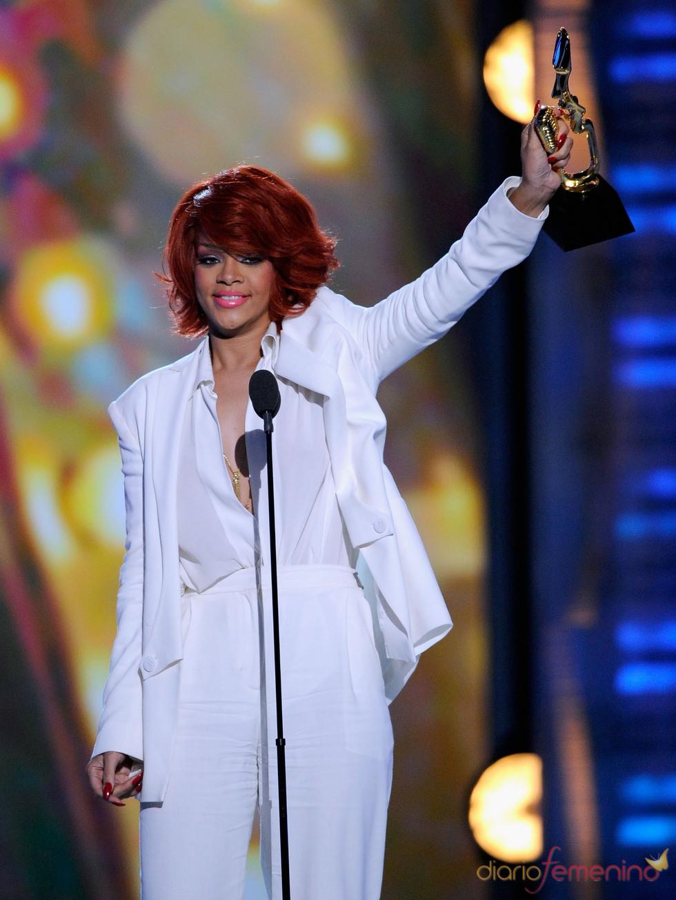 Rihanna recoge su Billboard Music Awards 2011