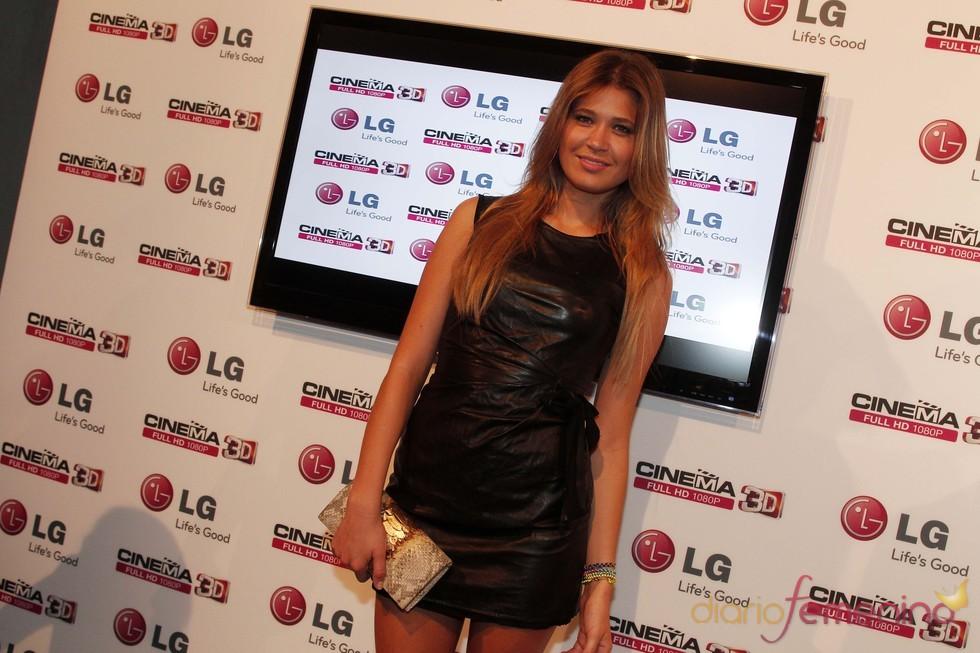 Carla Hidalgo en un acto de presentación de televisores