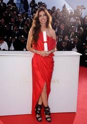La galardonada Maiwenn en la ceremonia de Clausura de Cannes 2011
