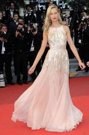 Karolina Kurkova en la ceremonia de Clausura de Cannes 2011