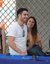 Blanca Suárez y Miguel Ángel Silvestre en el aeropuerto de Niza