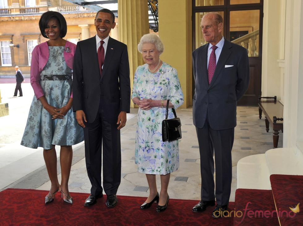 Barack Obama y Michelle con la Isabel de Inglaterra y su marido en Londres
