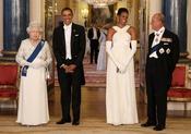 Barack y Michelle Obama con la Reina Isabel de Inglaterra en Buckingham
