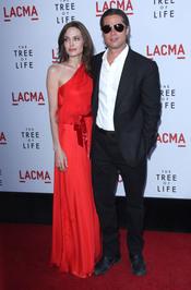 Angelina Jolie y Brad Pitt en la premiere de 'El árbol de la vida' en Los Ángeles