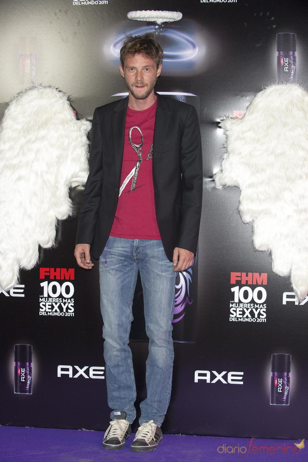 Eloy Azorín durante los Premios FHM 'Las 100 mujeres más sexys 2011'