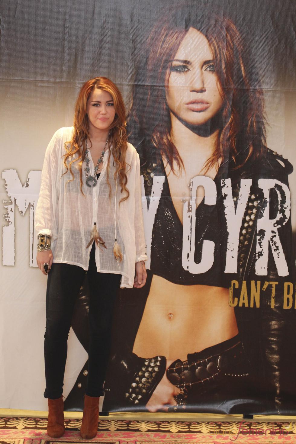 Miley Cyrus promociona su gira 'Gypsy Tour' en México