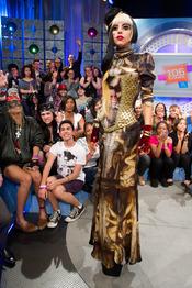 Lady Gaga se viste de una diseñadora española, Maya Hansen
