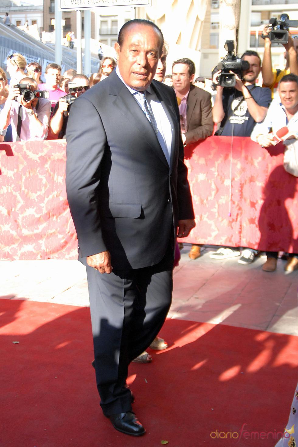 Curro Romero en la boda de su hija, Carmen Solís Tello