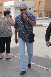 Amador Mohedano visita a José Ortega Cano en el hospital