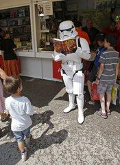 Mucho ambiente en la Feria del Libro 2011